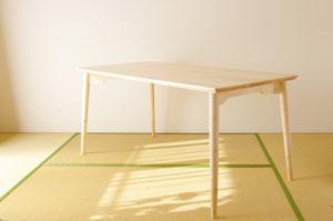 inahono furniture無垢材テーブル