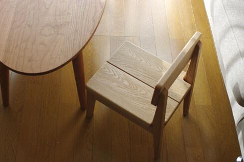 神奈川の無垢材家具 子供椅子