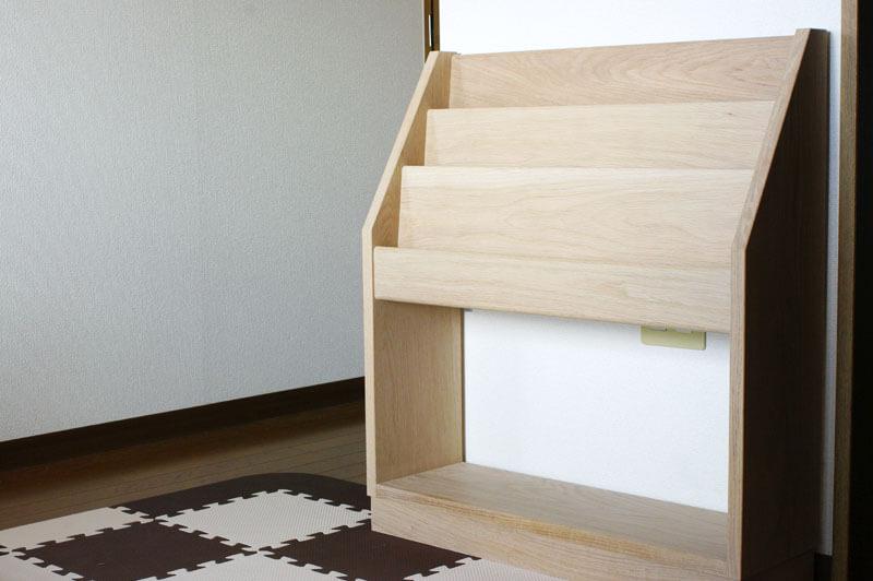 木の絵本立て inahono furniture