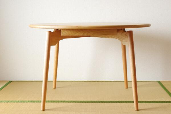 無垢材丸テーブル