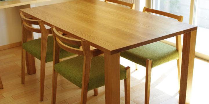 inahono furnitureのテーブル