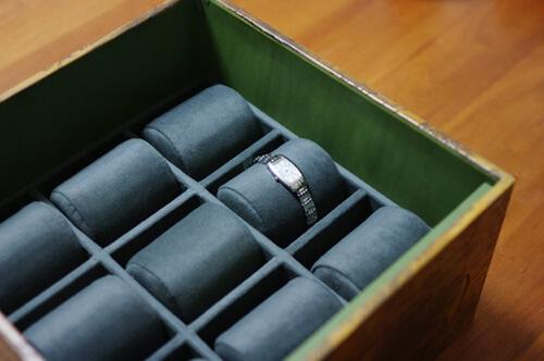 腕時計の収納BOX