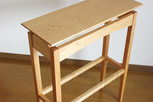 無垢材のコンソールテーブル